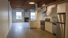 多伦多市中心新装修单人间出租