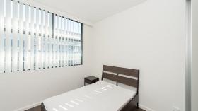 三室两卫公寓泰勒学院2月10日起入住