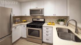尔湾Villa Siena公寓2b2b主卧夏季短租带家具