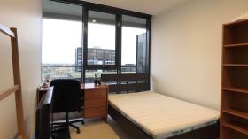 墨尔本South Yarra两室一卫公寓带家具立即入住