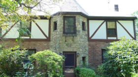 Wallis Rd, Brookline, MA 02467