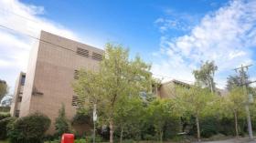 三室两卫一车位公寓近墨尔本大学Hawthorn语言学校立即入住
