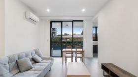 两室两卫一车位公寓近悉尼大学立即入住