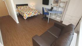 出租布大附近8月2日至9月7日学生公寓