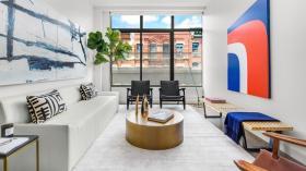 纽约新装修三卧两浴公寓有门卫电梯独立洗衣房