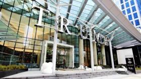 温哥华市中心地标川普大厦高层住宅海景公寓一室一厅两卫出租